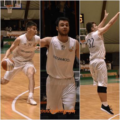 tre giocatori in campo